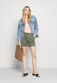 GAP - Shorts - greenway - 1
