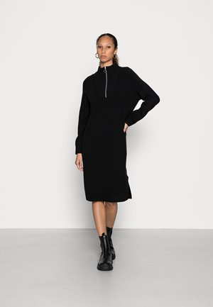 LONG SLEEVE RAGLAN DRESS WITH HIGH NECK AND ZIPPER - Sukienka dzianinowa - black