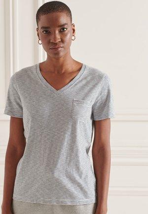 ORGANIC  POCKET  - Basic T-shirt - optic/black stripe