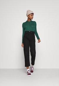 Monki - SIBYLLA - Polo shirt - dark green - 1