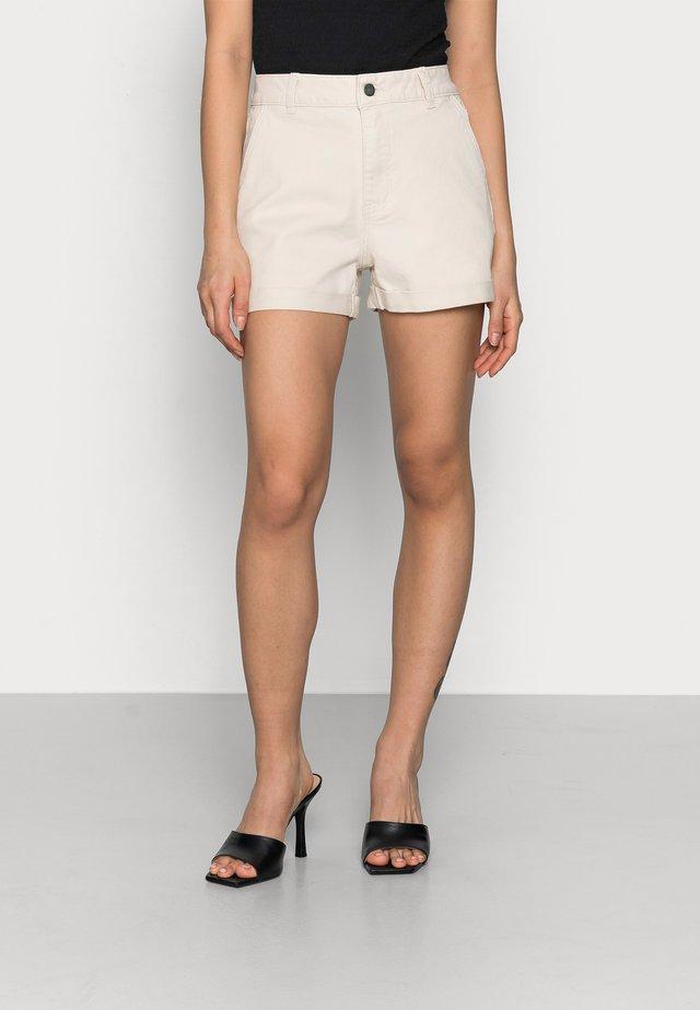OBJPENNY FOLD - Shorts - sandshell
