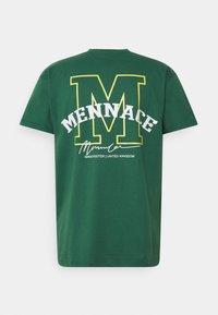 Mennace - ESSENTIAL REGULAR UNISEX  - T-shirt med print - green - 1