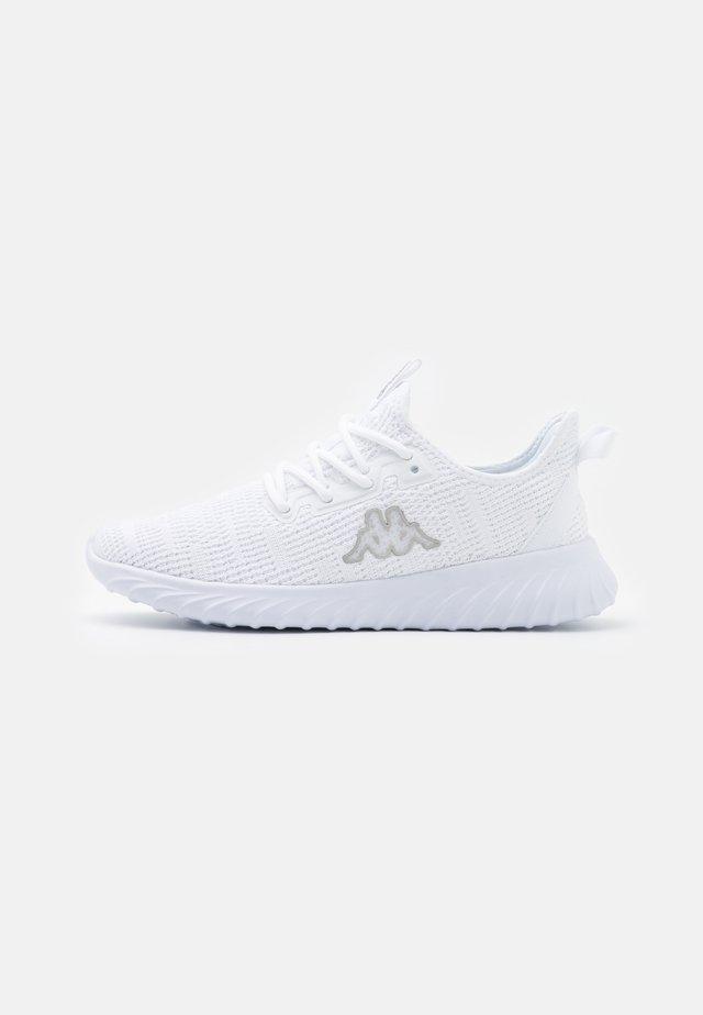 CAPILOT - Sportschoenen - white