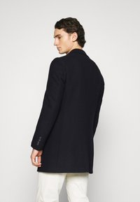 Isaac Dewhirst - LARGE OPTION - Short coat - dark blue - 2