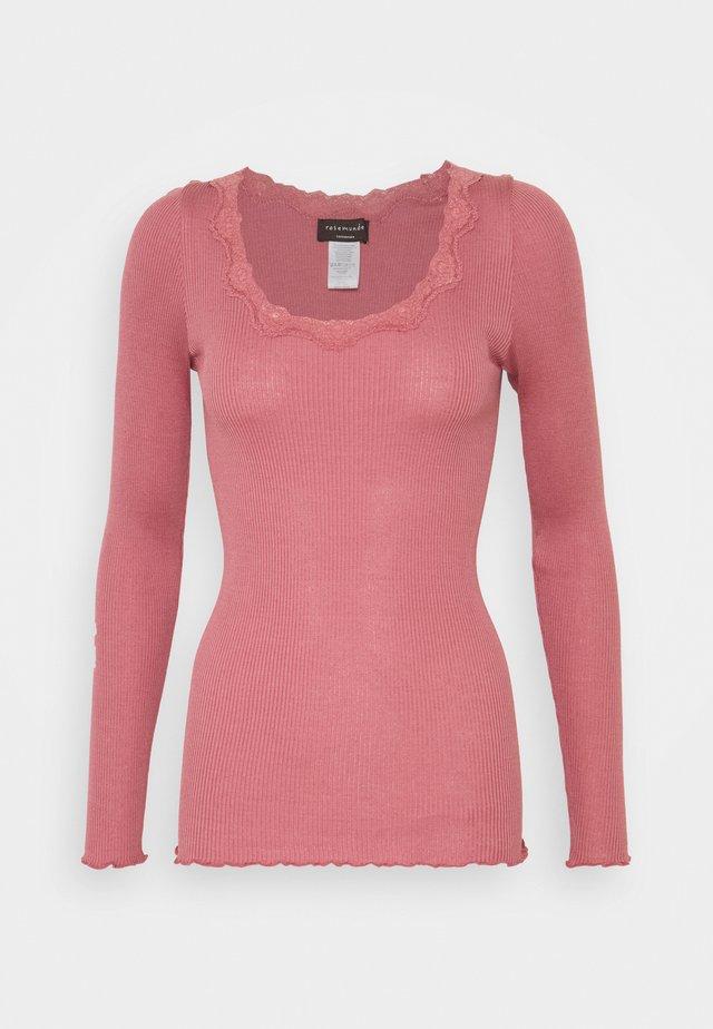 T-shirt à manches longues - pale rose
