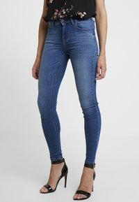 ONLY - ONLBLUSH - Jeans Skinny Fit - medium blue denim - 0