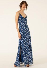 IVY & OAK - Maxi dress - brilliant blue - 1