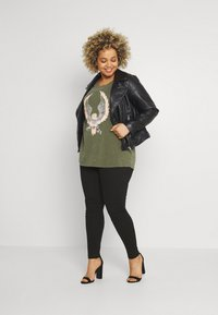 Missguided Plus - LAWLESS HIGHWAISTED SUPERSOFT - Jeans Skinny Fit - black - 1