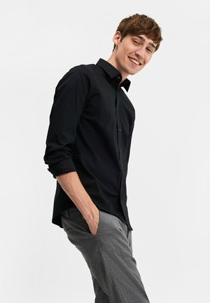 SLIM FIT STRETCH - Shirt - black
