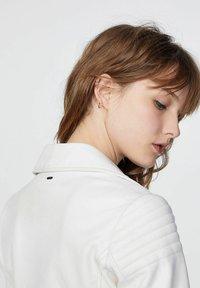 IKKS - Leather jacket - blanc cassé - 4