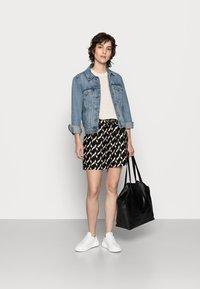 Soyaconcept - GUNBRIT - Shorts - black - 1