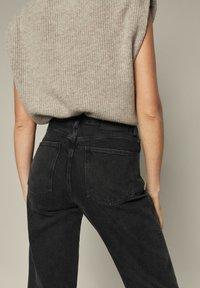 Massimo Dutti - Straight leg jeans - black - 1
