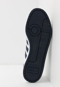 adidas Originals - TEAM COURT - Baskets basses - footwear white/collegiate navy - 4