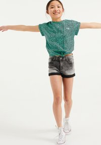WE Fashion - MET DIERENDESSIN - Blouse - mint green - 2