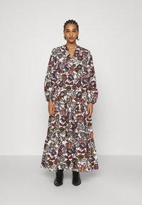Scotch & Soda - VOLUMINOUS PRINTED ORGANIC DRESS - Denní šaty - white/brown - 0