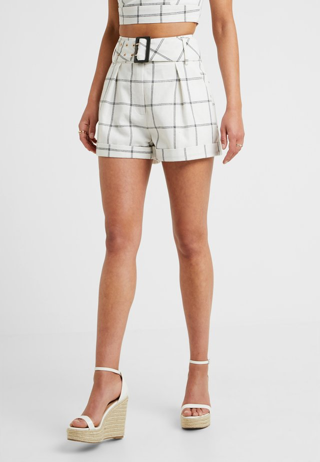 CORIN - Shorts - black/white