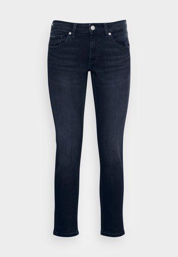 SOPHIE SKINNY - Jeans Skinny Fit - denim dark