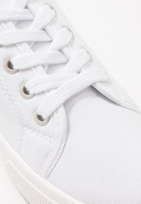 Rubi Shoes by Cotton On - VEGAN LISA LACE UP - Zapatillas - white - 2