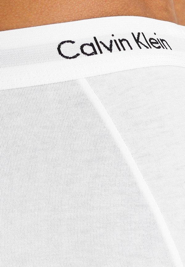 Calvin Klein Underwear LOW RISE TRUNK 3 PACK - Panty - white/biały Odzież Męska RKHC