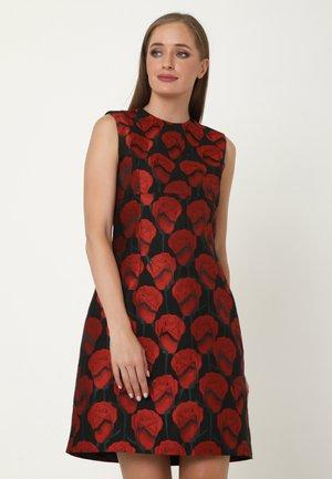 ALLTAGS ELONI - Cocktail dress / Party dress - schwarz, rot