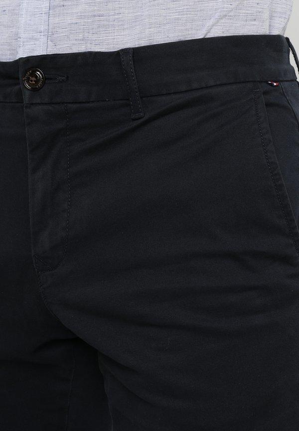 Tommy Hilfiger CORE STRAIGHT FLEX - Chinosy - blue/granatowy Odzież Męska VKUA