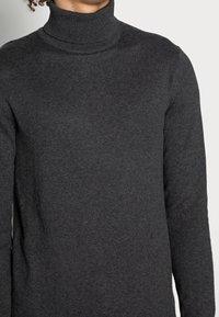 Jack & Jones - JJEEMIL ROLL NECK - Pullover - dark grey melange - 4