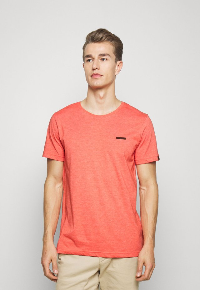 NEDIE - Basic T-shirt - coral