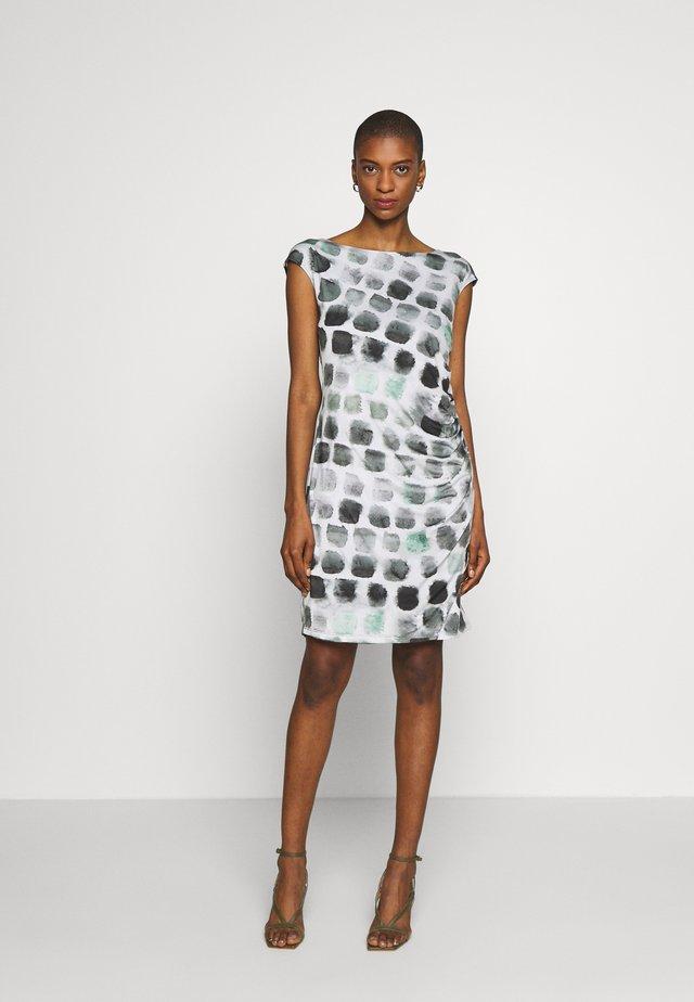 Pouzdrové šaty - grey/green