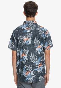 Quiksilver - PARADISE EXPRESS - Shirt - black paradise express - 2