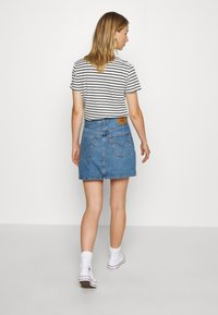 Levi's® - RIBCAGE SKIRT - Denim skirt - blue denim - 2