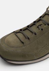 Lowa - STANTON - Hiking shoes - forest - 5