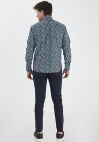 Tailored Originals - TORAERS - Camisa - insignia b - 3