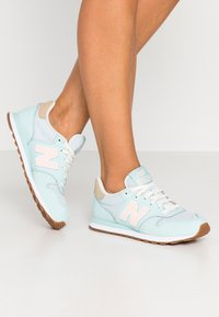 New Balance - GW500 - Baskets basses - blue - 0