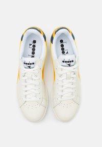 Diadora - GAME - Zapatillas - white/golden rod - 3