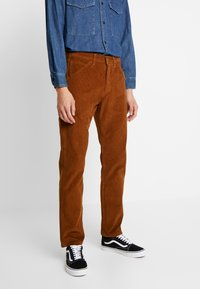 Levi's® - 502™ CARPENTER PANT - Tygbyxor - brown - 0