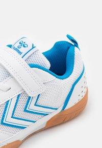 Hummel - AEROTEAM 2.0 JR VC UNISEX - Scarpe da fitness - white - 5
