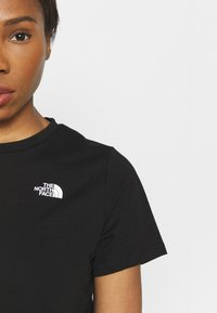 The North Face - FOUNDATION CROP TEE - T-shirts - black - 4