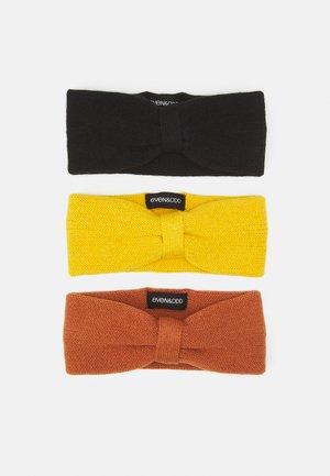 3 PACK - Pipo - black/yellow/orange