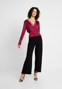 Missguided - WRAP BUTTON - Blouse - burgundy - 1