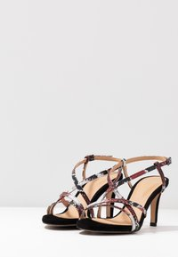 PERLATO - High heeled sandals - rosso/noir - 4