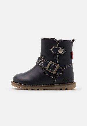 NONOBOOT UNISEX - Kotníkové boty - marine
