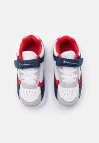 Champion - LOW CUT SHOE PHILLY UNISEX - Obuwie treningowe - white/new navy/red - 3