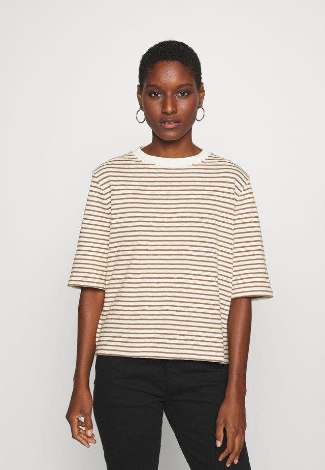 BOXY CROPPED STRIPED - T-shirt print - multi/ocker