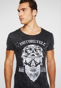 Key Largo - MT BEARDED BIKER - Print T-shirt - black - 3