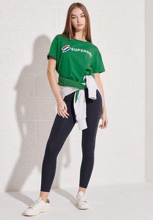 Camiseta estampada - galvinised green