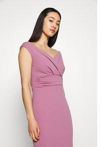 WAL G. - ANDREW OFF SHOULDER DRESS - Suknia balowa - mauve pink - 3