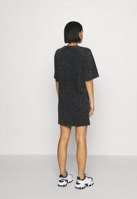 Von Dutch - KENDALL - Jersey dress - black - 3