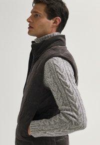 Massimo Dutti - Waistcoat - brown - 4