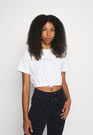 TOWELLING TATUM - Print T-shirt - white