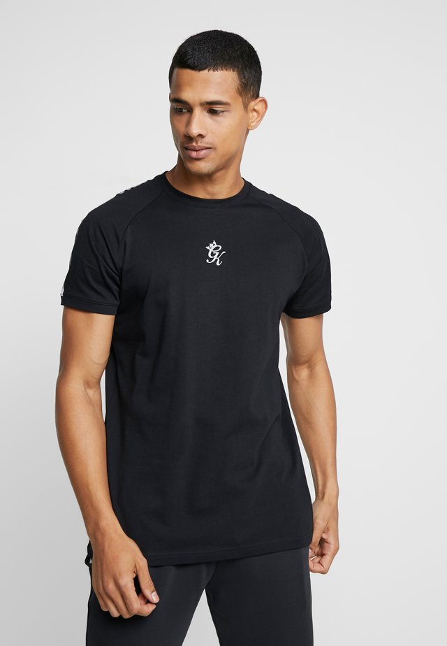 KHAN FITTED - Print T-shirt - black